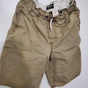 Boys Size 7 Khaki shorts by Oshkosh B'gosh